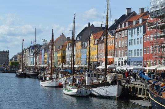 auto Dánsko Nyhavn Kodaň