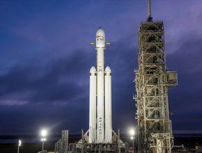 Falcon Heavy má k dispozici 27 motorů Merlin