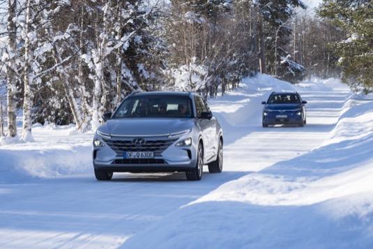 Nekompromisní testy zajišťují provozuschopnost elektrifikovaných vozidel Hyundai i při nízkých teplotách klesajících až k -35 °C.