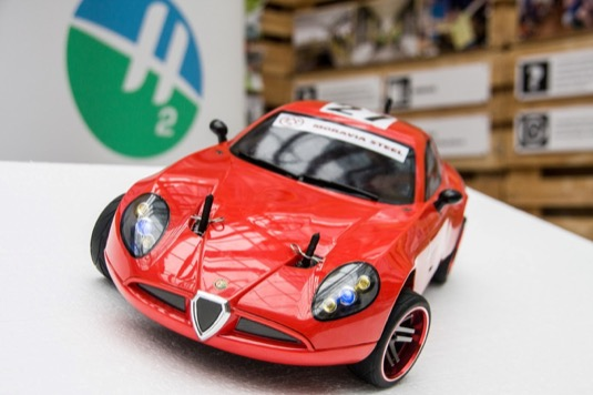 Soutěžní vodíkové auto