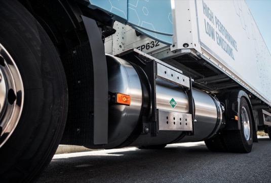 auto Volvo FH LNG zkapalněný zemní plyn