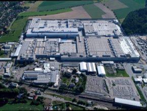 auto továrna Škoda Auto v Kvasinách na Královéhradecku