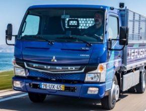 auto elektromobily elektrické nákladní auto FUSO eCanter