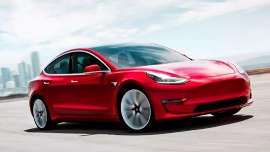 elektromobil Tesla Model 3 bude v Evropě oficiálně představen na britském Goodwoodském festivalu rychlosti 2018.