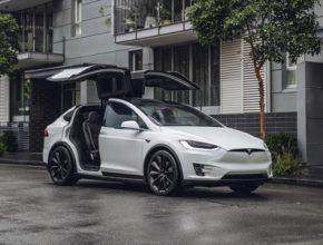 auto elektromobil Tesla Model X