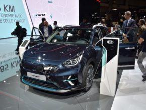 Elektromobil Kia e-Niro byl navržen s cílem překonávat překážky bránící v pořízení elektromobilu, neboť přináší dlouhý dojezd, propracovanější obestavění prostoru a vyšší praktičnost než řada ostatních elektromobilů.