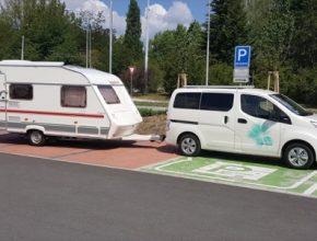 auto Nissan e-NV200 elektromobil tažné zařízení karavan
