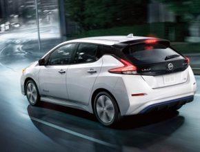 Nová generace elektromobilů - jako je tento nový Nissan Leaf - právě přichází na trh a pomáhá rapidně zvyšovat zájem o tento typ vozů.