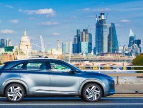"""Hyundai Motor se vrámci """"měsíce čisté jízdy"""" (Clean Driving™ Month) a u příležitosti uvedení modelu NEXO"""