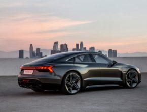 auto elektromobil Audi e-tron GT