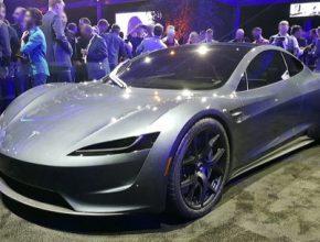auto elektromobil Tesla Roadster