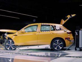 auto elektromobil Mercedes-Benz EQC