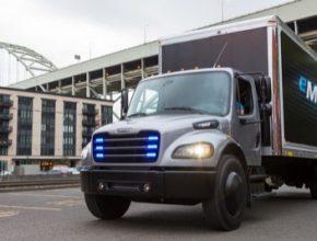 auto elektromobil elektrický náklaďák nákladní auto truck