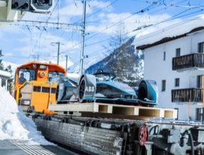 Partnerství závodního vozu Gen2 a vlaků Allegra – obou výkonně vybavených strojů ve svých kategoriích – vytváří silné a symbolické zastoupení společnosti ABB v popředí ústředního tématu letošního Světového ekonomického fóra: tématu e-mobility.