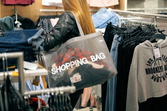 Nejekologičtější nákupní taška je ta, kterou můžete využít co možná nejvíckrát