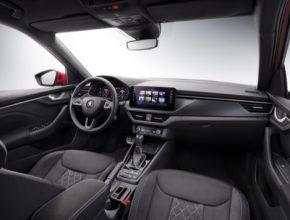 Interiér modelu KAMIQ sází na ergonomii a emoce, které se pojí s velkorysou nabídkou prostoru, typickou pro vozy značky Škoda. Kamiq je druhým modelem české automobilky s novým konceptem interiéru.