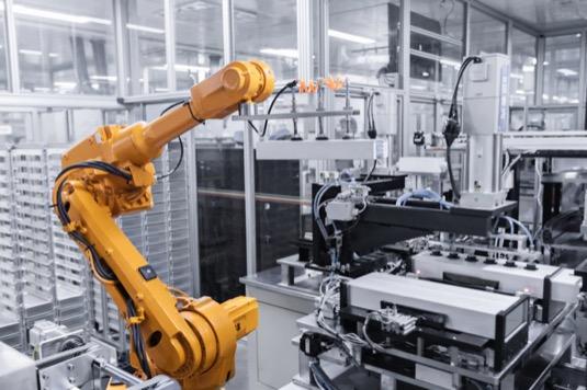 Jakmile bude nová baterkárna BYD dokončena, souhrnná výrobní kapacita firmy a jejích čtyř továren by mohla dosáhnout až 100 GWh baterií ročně.