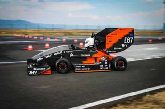 Závody se konají ve dnech 12. až 13. dubna na závodním okruhu Formule E. Pro studenty bude připraven pestrý program, kde se potkají s piloty a nejlepšími inženýry ve svém oboru. Nebude chybět ani projížďka po samotném okruhu či další doprovodné akce.