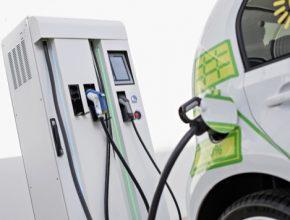 auto elektromobily nabíjecí stanice Škoda zákaznické centrum