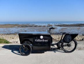 """Povzbuzena úspěchem foodtrucků """"Marcelle"""", které vytvořilo studio Peugeot Design Lab, se firma Gillardeau na studio opět obrátila, aby navrhlo """"bistrokolo""""."""