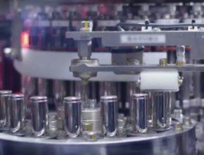 auto elektromobily výroba baterií v továrně Tesla Gigafactory