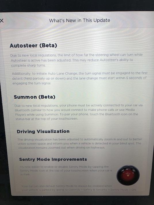 Popis omezení v nové verzi systému Tesla Autopilot