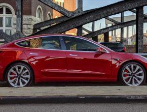 auto elektromobil Tesla Model 3 prodeje v Evropě za duben 2019