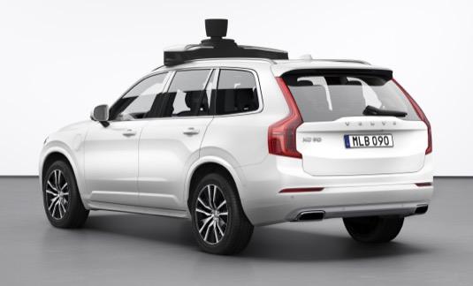 Uber představil nové autonomní vozidlo a oznámil první zkušební rozvozy jídel dronem