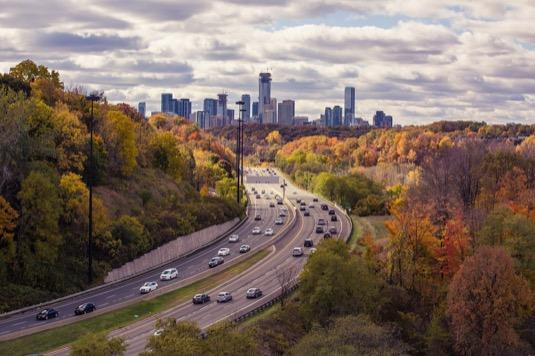 auto dálnice USA spotřeba