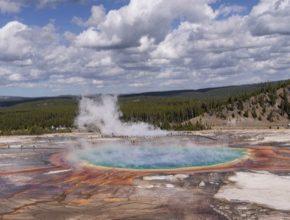 Geotermální jezírko, ilustrační foto.