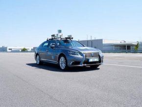 """Autonomní vozidlo bude rovněž sloužit ke sběru dat v rámci účasti Toyoty v evropském projektu """"L3Pilot"""" společně s 34 dalšími partnery, včetně významných výrobců automobilů, dodavatelů pro automobilový průmysl, výzkumných institucí a úřadů. L3Pilot představuje čtyřletý evropský projekt zahájený v roce 2017, spolufinancovaný Evropskou komisí."""