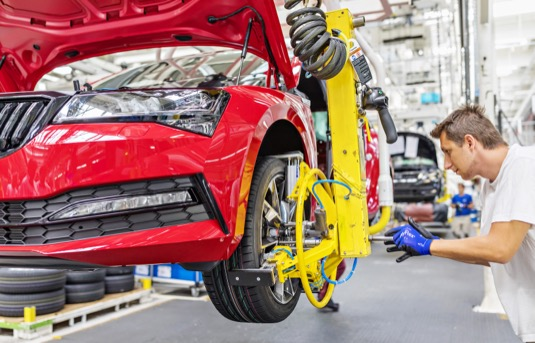 auto výroba Škoda Superb
