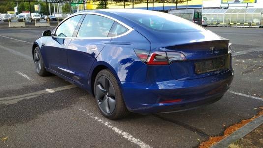 Elektromobil Tesla Model 3