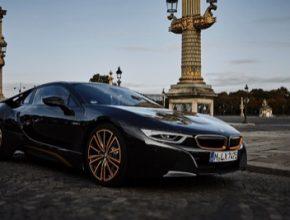 auto plug-in hybrid BMW i8 Ultimate Sophisto Edition