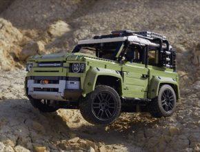 auto nový LEGO Land Rover Defender