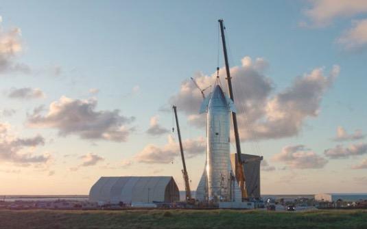 vesmírná loď SpaceX Starship