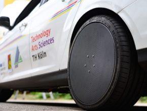Elektromotor je společně s elektronikou zabudován přímo v náboji kola.
