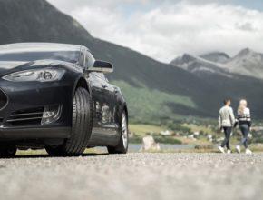 Správný výběr pneumatiky zvyšuje jízdní bezpečnost a komfort a rozšiřuje provozní možnosti.