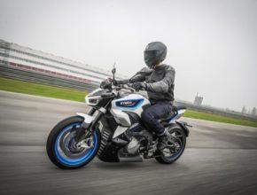 Zdali bude elektrický motocykl RevoNEX k dostání i na českém trhu a jaká bude jeho cena, není v současné době známo. Tchajwanský gigant se již za nedlouho se svými elektrickými motocykly představí také v Praze, a to konkrétně v Letňanech od 14. do 17. listopadu v rámci Veletrhu čisté mobility e-Salon.