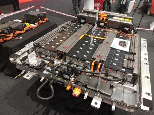 Odkrytý akumulátor elektromobilu Kia e-Soul