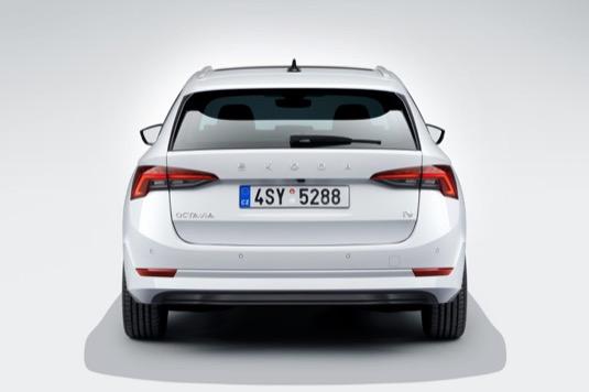 Škoda Octavia iV je už druhým plug-in hybridem české značky.
