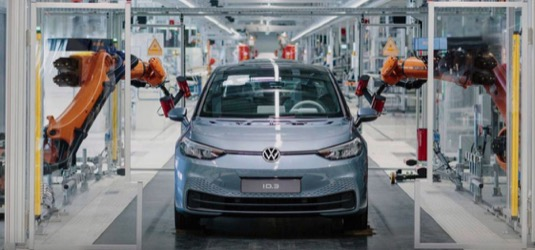 auto výroba elektromobilu Volkswagen ID.3