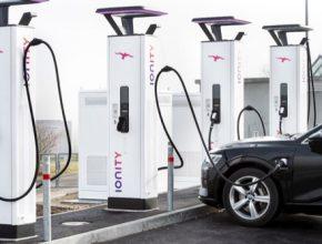 auto nabíjecí stanice Ionity nabíječky ABB elektromobily