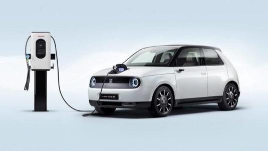 auto elektromobil Honda e cena v Česku
