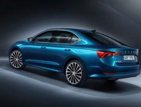 Čtvrtá novodobá generace modelu Škoda Octavia bude k dispozici ve výbavovém stupni Ambition se zážehovým motorem 1,5 TSI ACT/110 kW nebo vznětovým motorem 2,0 TDI Evo/85 kW se 6 st. manuální převodovkou za doporučenou prodejní cenu 596 900 Kč včetně DPH