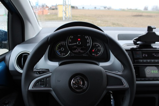 interiér elektromobilu Škoda CitigoE iV