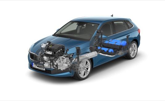 Ve srovnání s naftovými a benzinovými motory jsou náklady na pohonné hmoty u CNG verzí o 40 až 50 % nižší