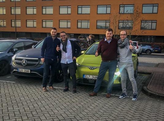 Výlet v elektromobilech z Prahy k Amsterdamu