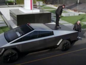 auto elektromobil Tesla Cybertruck Jay Leno Elon Musk