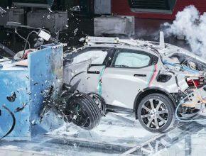 auto elektromobil Polestar 2 crash test